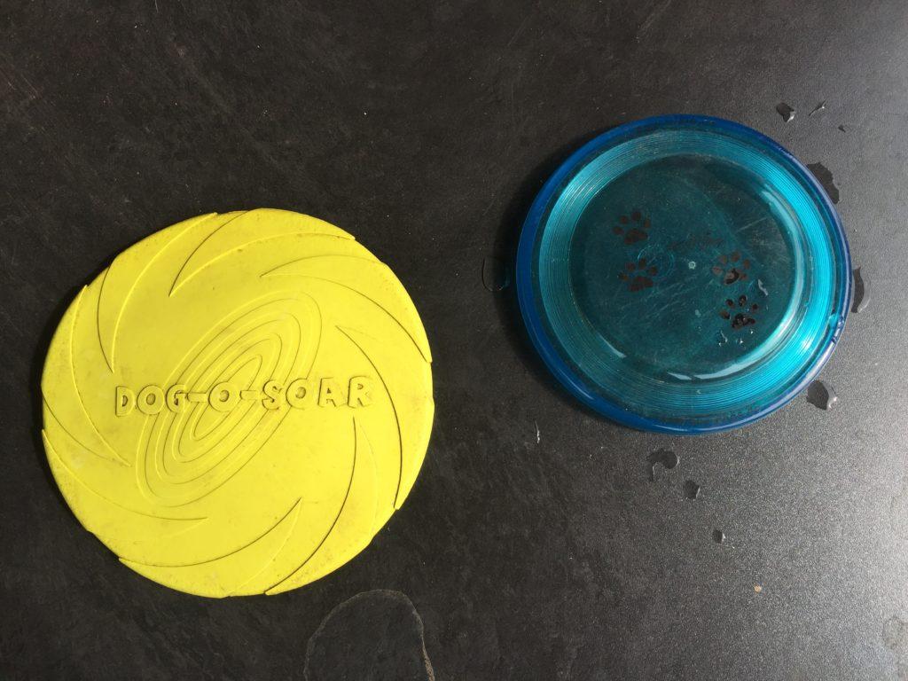 Garteenspielzeug Hund Frisbee